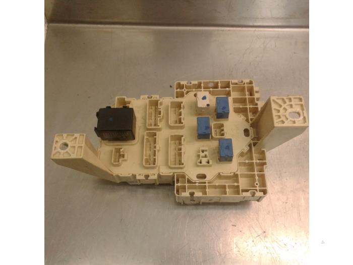 used suzuki swift za zc zd1 3 9 1 3 vvt 16v fuse box 3677072kb1 fuse box from a suzuki santana swift za zc zd1 3