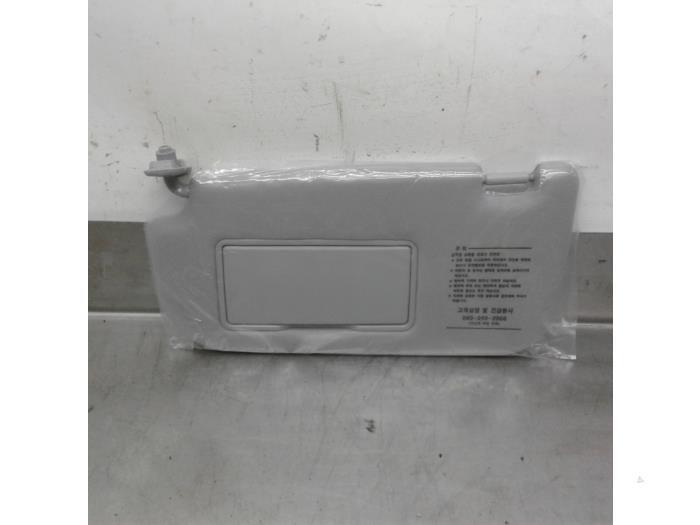 New Kia Sportage (JE) 2.0 CVVT 16V 4x2 Sun visor - 852021F020LX ... 78a959fb71d
