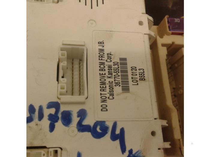 fuse box from a suzuki / santana sx4 (ey/gy) 1 6 16v 4x2