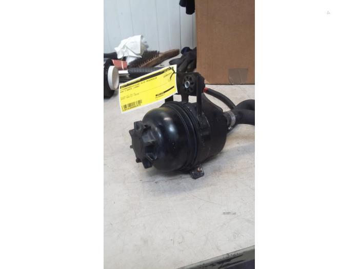 used bmw 3 serie e90 320d 16v edition fleet power steering fluid reservoir 32411097154 204d4 poolman autodemontage proxyparts com proxyparts com