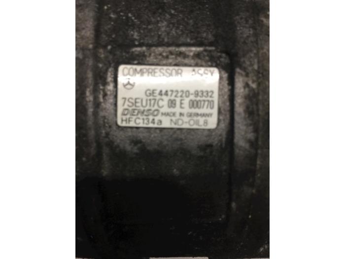 Klimapumpe van een Mercedes E (W211) 2.2 E-200 CDI 16V 2005