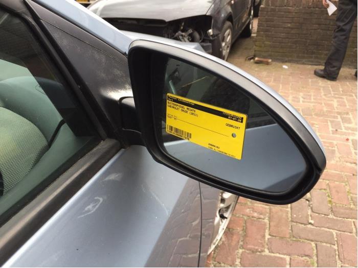 Außenspiegel rechts van een Daewoo / Chevrolet Cruze 1.6 16V 2011