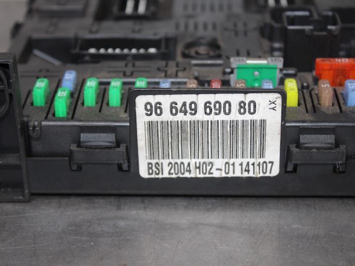 Used Peugeot 307 Break 3e 1 6 16v Fuse Box 216760315b