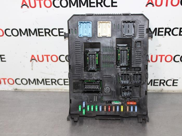 used peugeot 307 sw 3h 1 6 hdi 16v fuse box 216760315b rh proxyparts com  peugeot 307 fuse box layout 2007