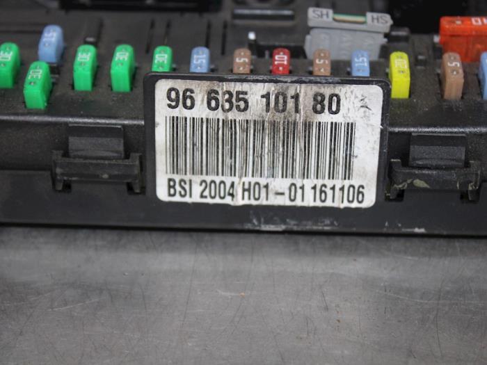 used peugeot 307 sw 3h 1 6 hdi 16v fuse box 216760315b rh proxyparts com