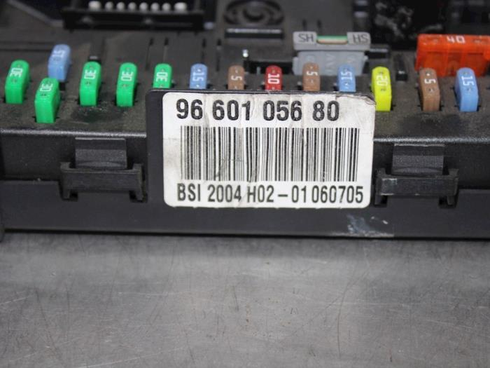 fuse box from a peugeot 307 (3a/c/d) 1 6 16v 2006