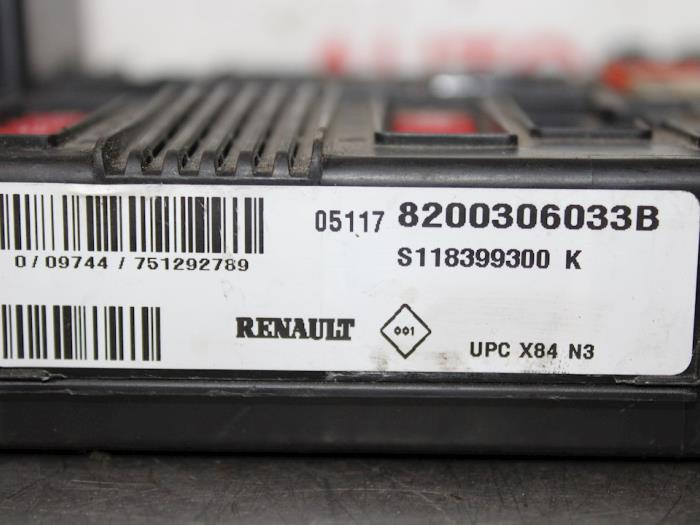 fuse box from a renault megane (used)