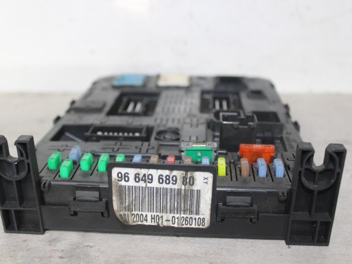 Used peugeot sw h hdif v fuse box