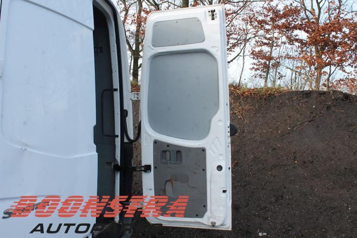 Portière arrière camionnette d'un Mercedes Sprinter 3.5t (906.63) 313 CDI 16V 2012