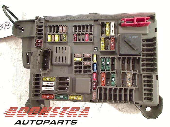 0 used bmw x5 (e70) 3 0d 24v fuse box boonstra autoparts e70 fuse box layout at soozxer.org