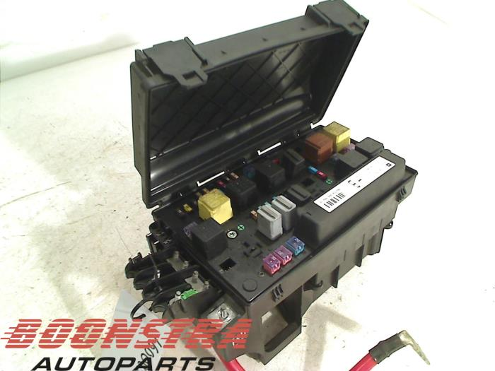 Fuse Box For Vauxhall Astra 2007 : Used opel astra h twin top l v fuse box