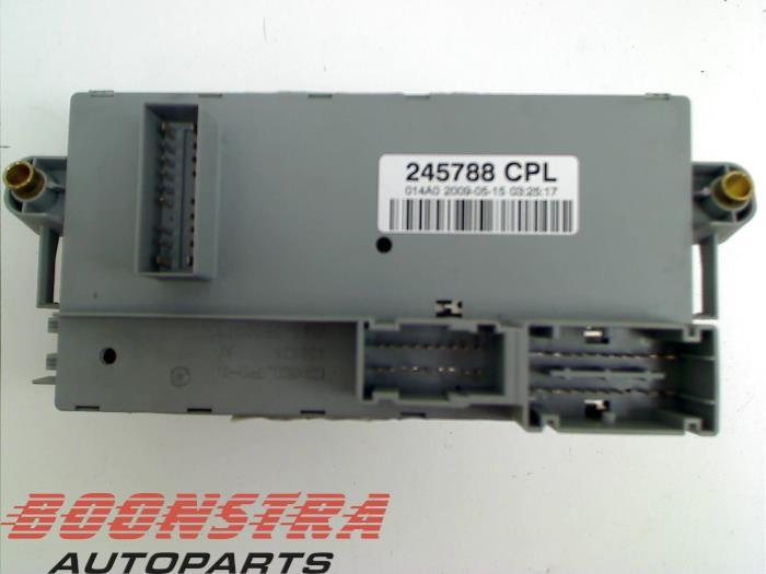 used maserati granturismo (m145) 4 7 s v8 32v fuse box 245788cpl pontiac fuse box fuse box from a maserati granturismo (m145) 4 7 s v8 32v 2010