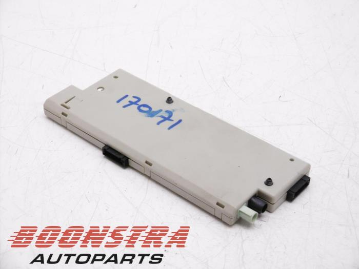 Used BMW 5 serie (F10) 530d 24V Blue Performance Antenna