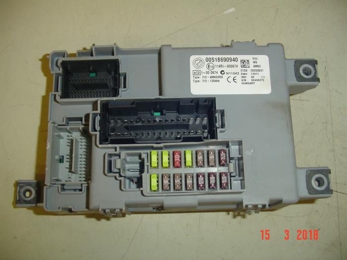 Used Fiat Punto Evo (199) 1.4 Fuse box - 00518690940 ... Fiat Punto Mk Fuse Box on m3 fuse box, m2 fuse box, mk5 fuse box,