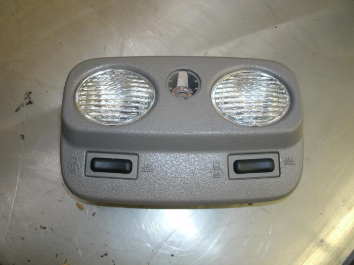 used nissan primera (p11) 2.0 16v interior lighting, front - 236870