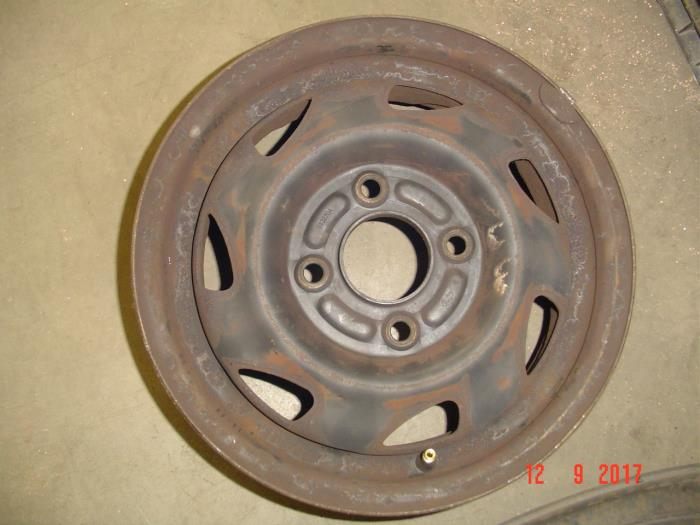 Used Ford Fiesta Ivv 13i Set Of Wheels 0132704 Steel