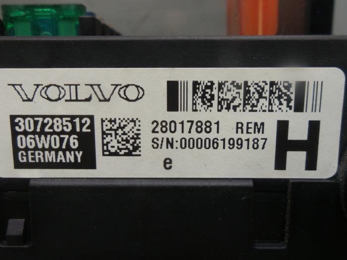 fuse box from a volvo v70 2006