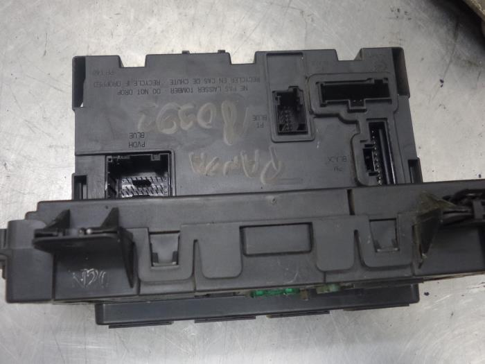 fuse box from a fiat panda (used)