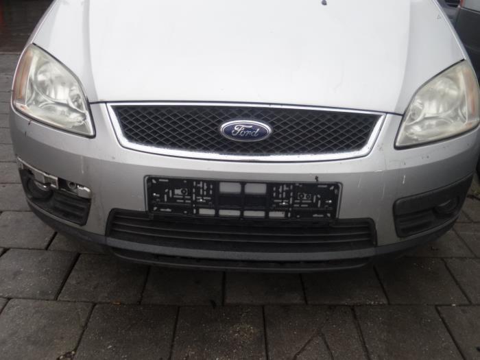 Stoßstange vorne van een Ford C-Max 2004