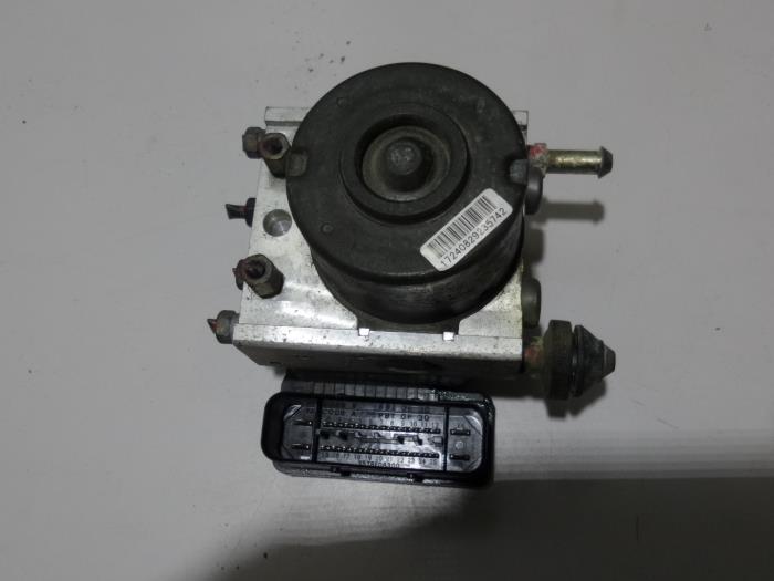 Bomba ABS de un Suzuki Swift 2007