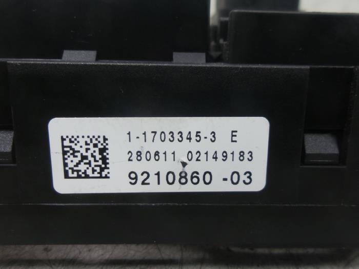 Used BMW X3 (F25) xDrive20d 16V Fuse box - 921086003 - BONGERS AUTO ...