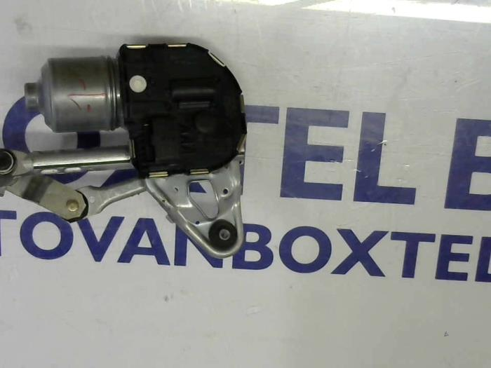 Used Peugeot 5008 Front Wiper Motor 3397021288