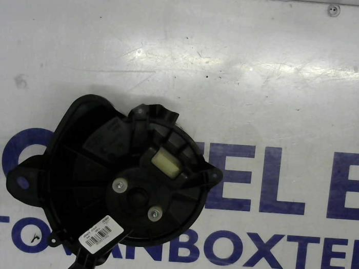 Used Opel Corsa Heating And Ventilation Fan Motor 13336075