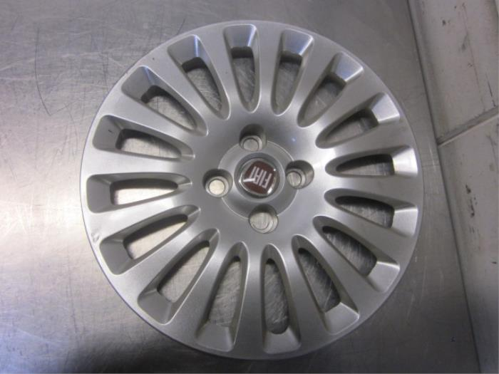 Used Fiat Punto Evo (199) 1.3 JTD Multijet 85 16V Wheel cover (spare Fiat Punto Spare Part on peugeot 405 parts, ford fusion parts, vw golf parts, fiat brava parts, fiat 500 parts, fiat barchetta parts, mazda rx-7 parts, mini parts, fiat uno parts, toyota yaris parts, audi tt parts, honda fit parts, isuzu trooper parts, fiat 126 parts, citroen xantia parts, audi a4 parts, fiat seicento parts, ford focus parts, porsche 911 parts, fiat palio parts,