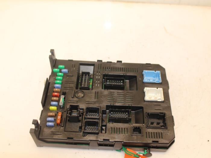 used peugeot 307 sw (3h) 1.6 hdi 16v fuse box - 9663510180 - van gils  automotive | proxyparts.com  proxyparts.com