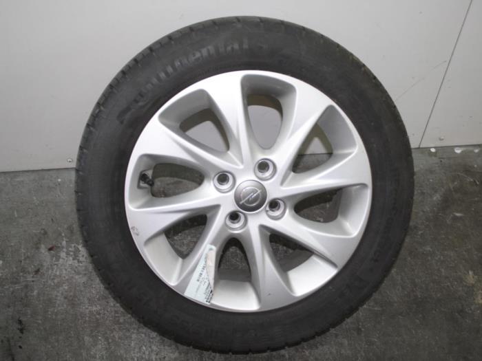 Used Opel Karl 10 Ecoflex 12v Wheel 95192367 Alloy Van