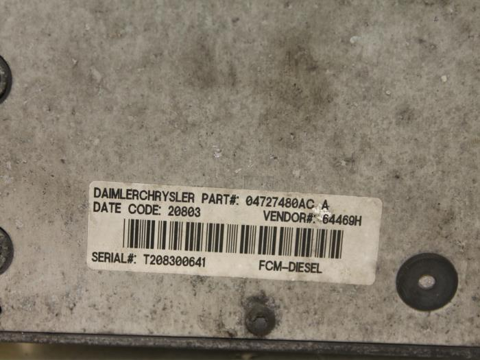 fuse box from a chrysler voyager (used)
