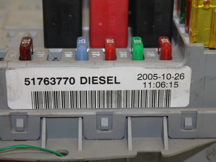 Used Fiat Doblo Cargo  223  1 9 Jtd Fuse Box