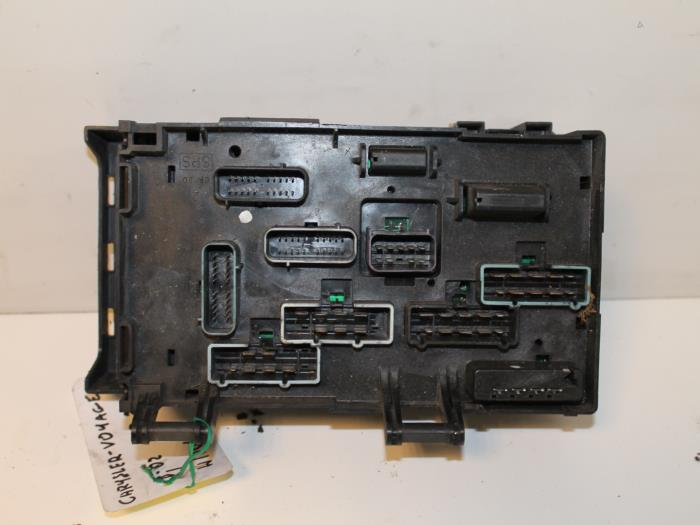 used chrysler voyager grand voyager rg 3 3 v6 fuse box. Black Bedroom Furniture Sets. Home Design Ideas