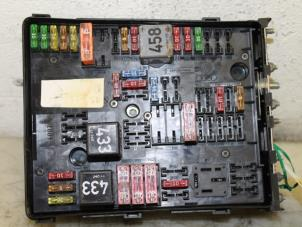 used volkswagen golf v 1k1 1 9 tdi fuse box 454544480. Black Bedroom Furniture Sets. Home Design Ideas