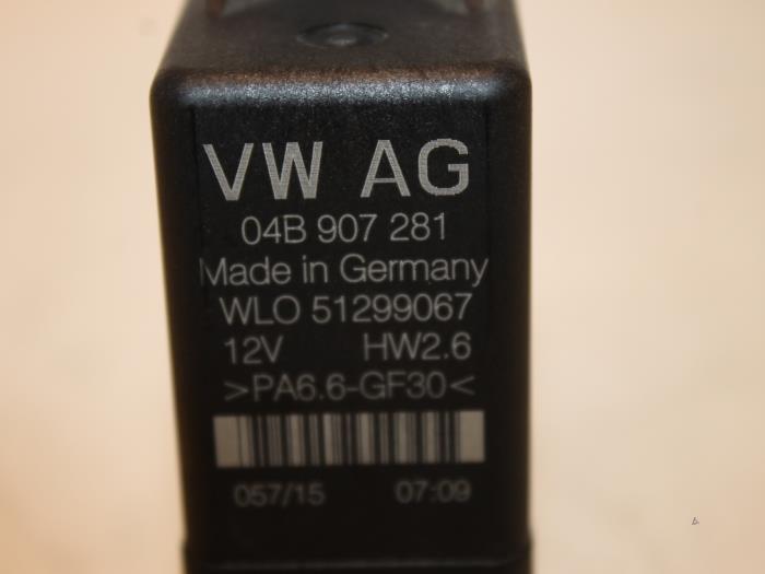 Used Volkswagen Polo (6R) 1 4 TDI 12V 90 Glow plug relay