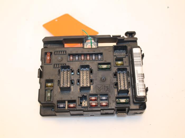 C fuse box detailed schematics diagram