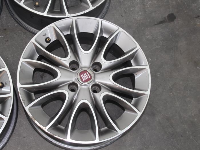 Used Fiat Punto Evo 199 13 Jtd Multijet 85 16v Euro 5 Set