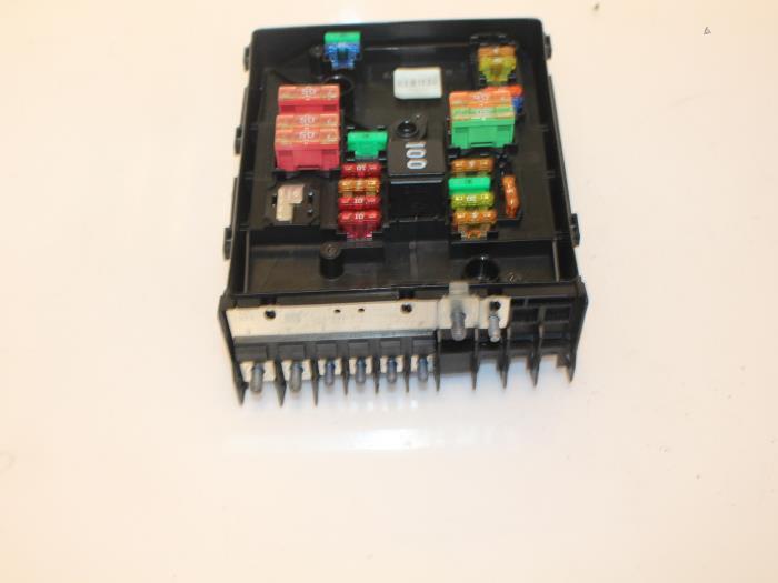 used skoda superb combi 3tac taf 1 6 tdi fuse box 1k0937125d rh proxyparts com  skoda octavia 2010 fuse box diagram