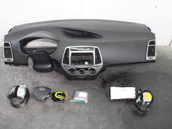 gebrauchte hyundai i20 16v airbag set modul. Black Bedroom Furniture Sets. Home Design Ideas