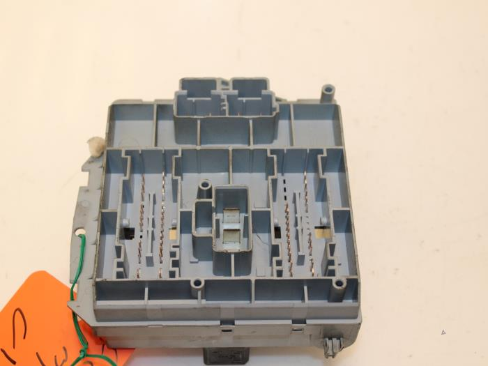 Fuse Box In Fiat Punto : Used fiat punto ii  s drs fuse box