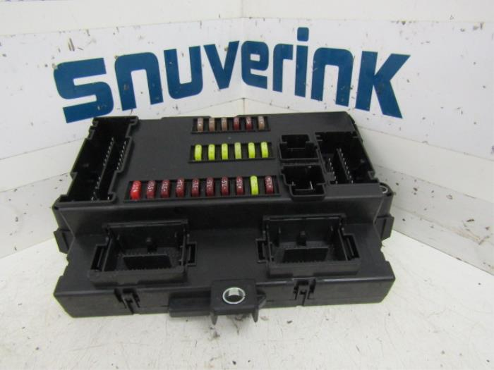 fuse box from a peugeot boxer (u9) 2 2 hdi 150 2012