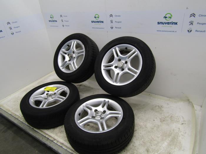 Used Renault Clio Set Of Wheels Tyres 18560r14 Alloy