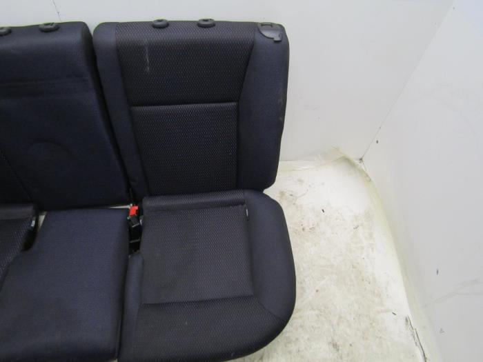 used renault clio iii br cr 1 2 16v 75 rear bench seat. Black Bedroom Furniture Sets. Home Design Ideas