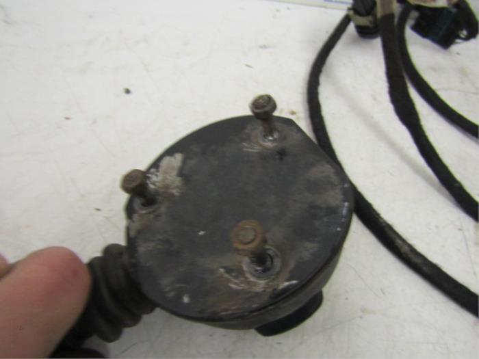 used peugeot 308 sw l4 l9 lc lj lr 1 6 bluehdi 120 towbar wiring rh proxyparts com peugeot 308 towbar wiring diagram Peugeot 508