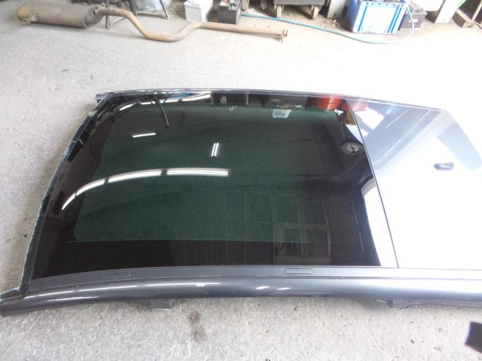 used peugeot 5008 i 0a 0e 2 0 hdif 16v panoramic roof 8401xc rh proxyparts com
