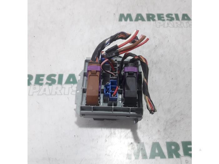 Used Fiat Croma 05 194 1 8 Mpi 16v Fuse Box 51738105 Maresia