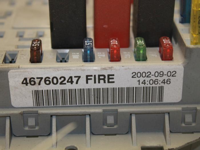fuse box from a fiat punto (used)