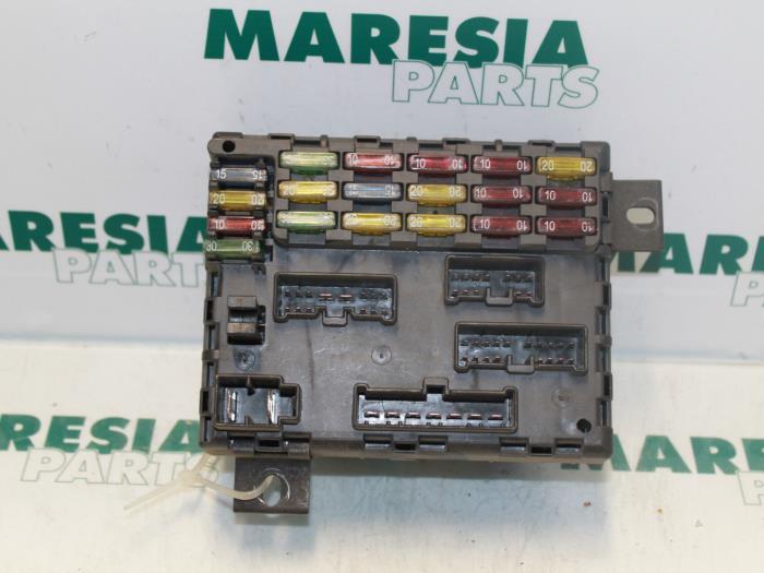 used alfa romeo 156 sportwagon 932 1 9 jtd 16v fuse box fuse box from a alfa romeo 156 sportwagon 932 1 9 jtd 16v 2005