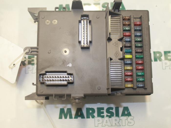 renault vel satis fuse box used renault laguna ii grandtour  kg  1 8 16v fuse box  used renault laguna ii grandtour  kg  1
