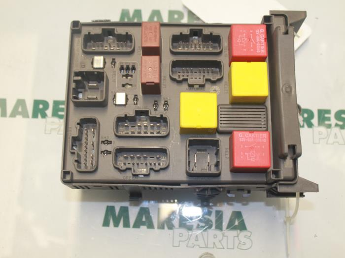 Fuse Box From A Renault Espace Jk 20 16v Turbo 2003: Espace 4 Fuse Box At Johnprice.co